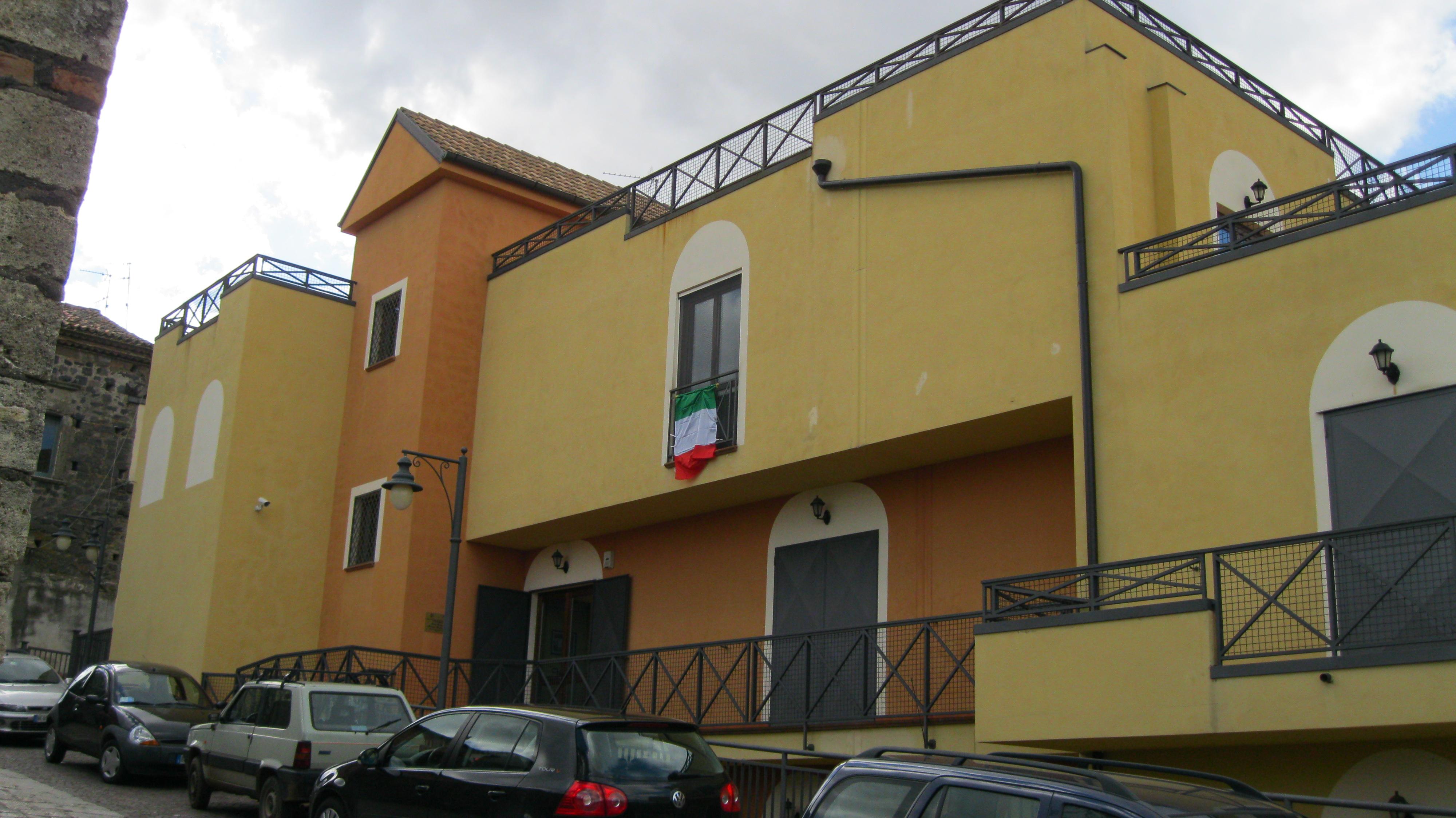art87_tricolore al centro Nitti (1)
